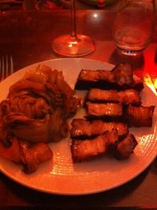 Porc caramélisé à la badiane et choux au Wu Long