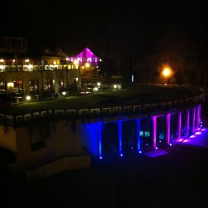 Le Spa des Violettes by night